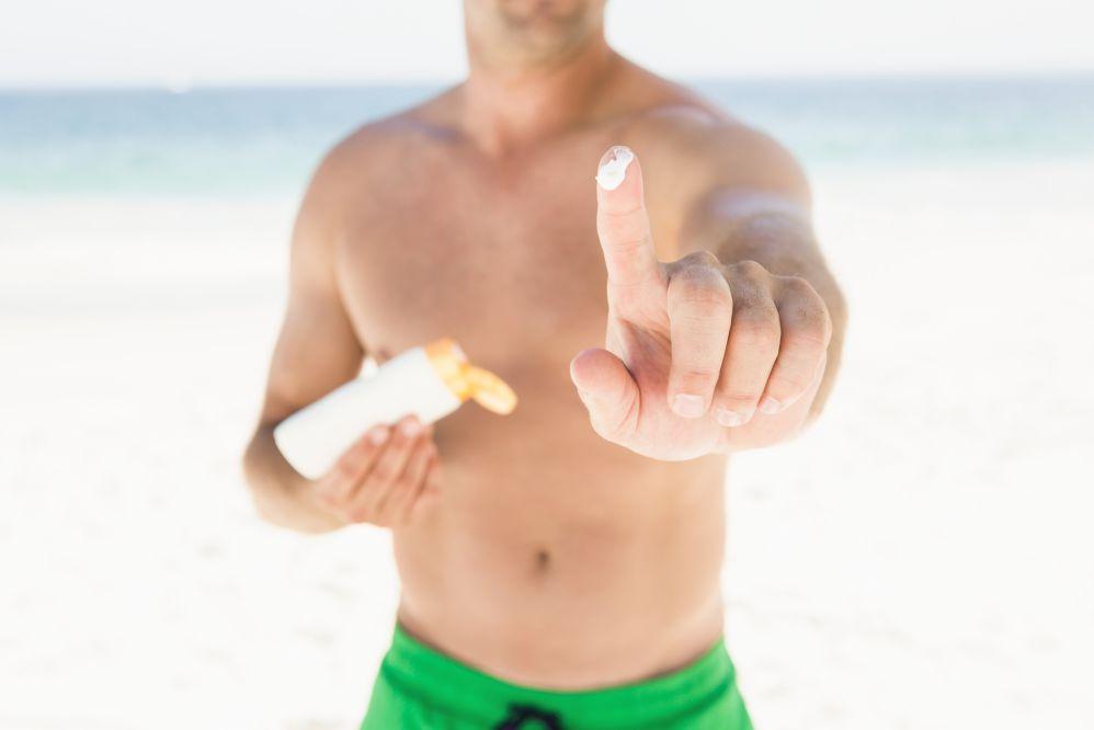 6 dicas para cuidar da saúde da sua pele durante o verão